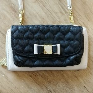 Betsey Johnson quilted heart wallet bag